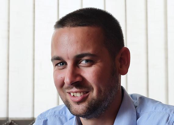 Makléř Tomáš Matějka / DEVELOP MB